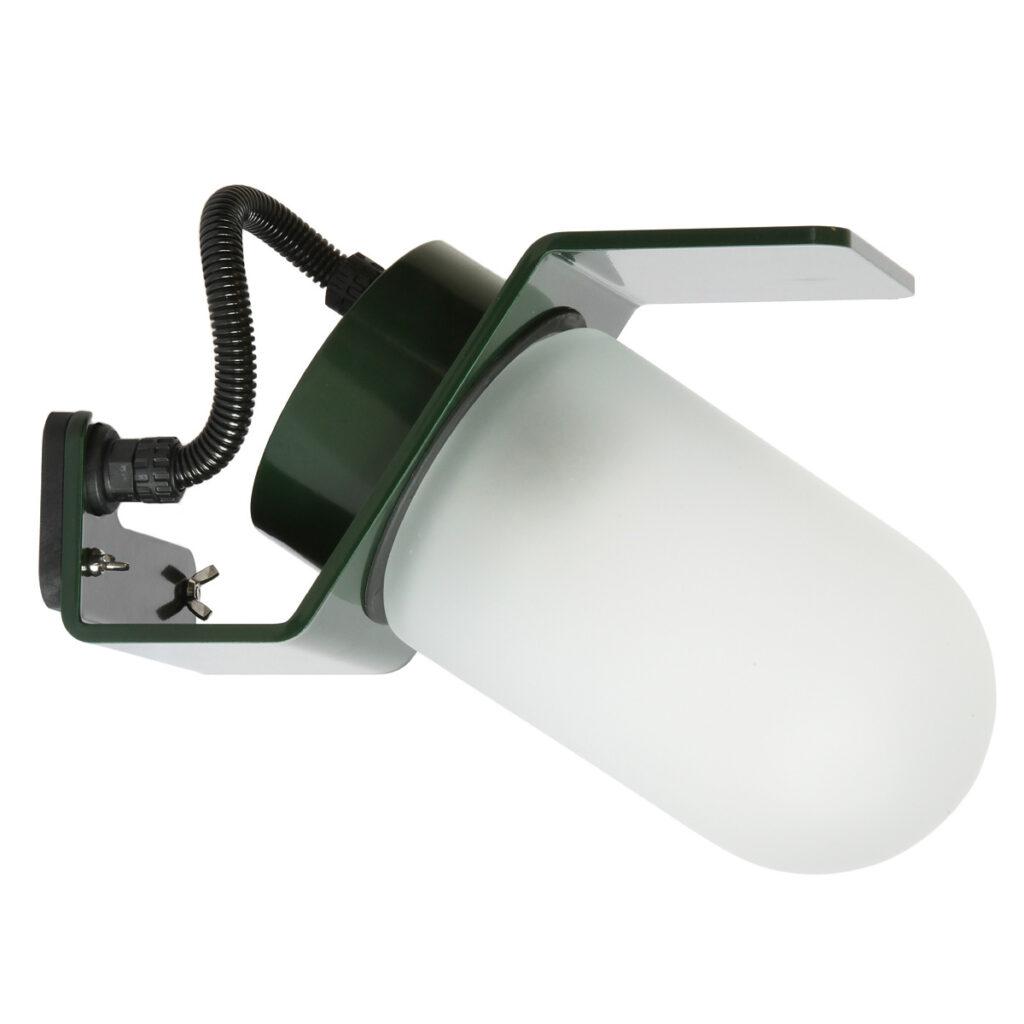 moderne Hoflampe in dunkelgrün